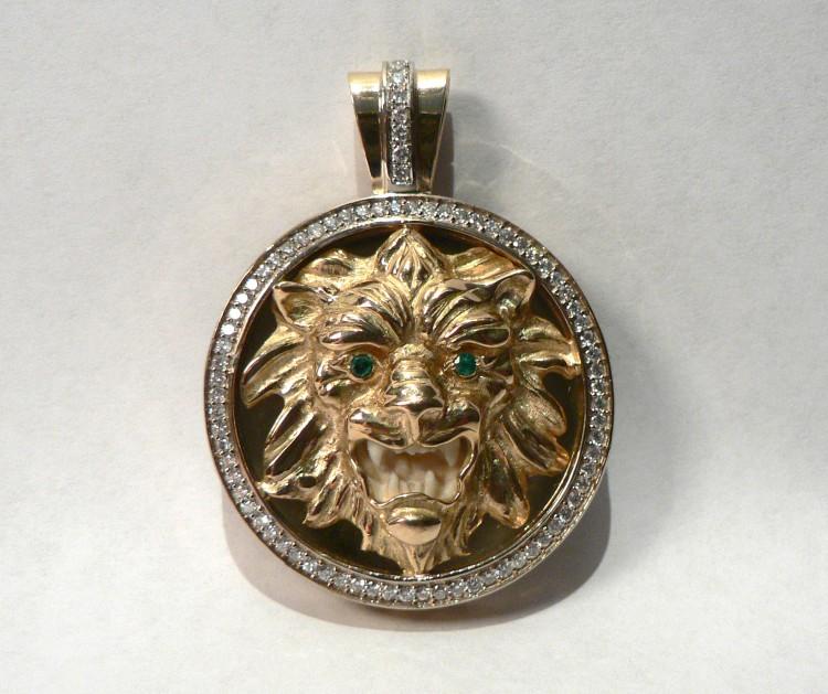 """Подарок женщине-Льву. Клон """"Лев"""" из золота с бриллиантами"""
