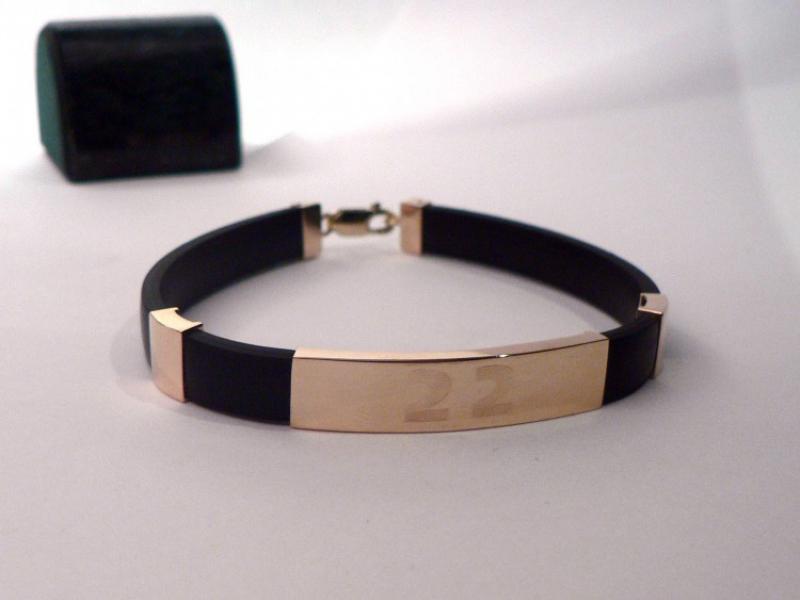 Золотые браслеты из каучука мужские фото