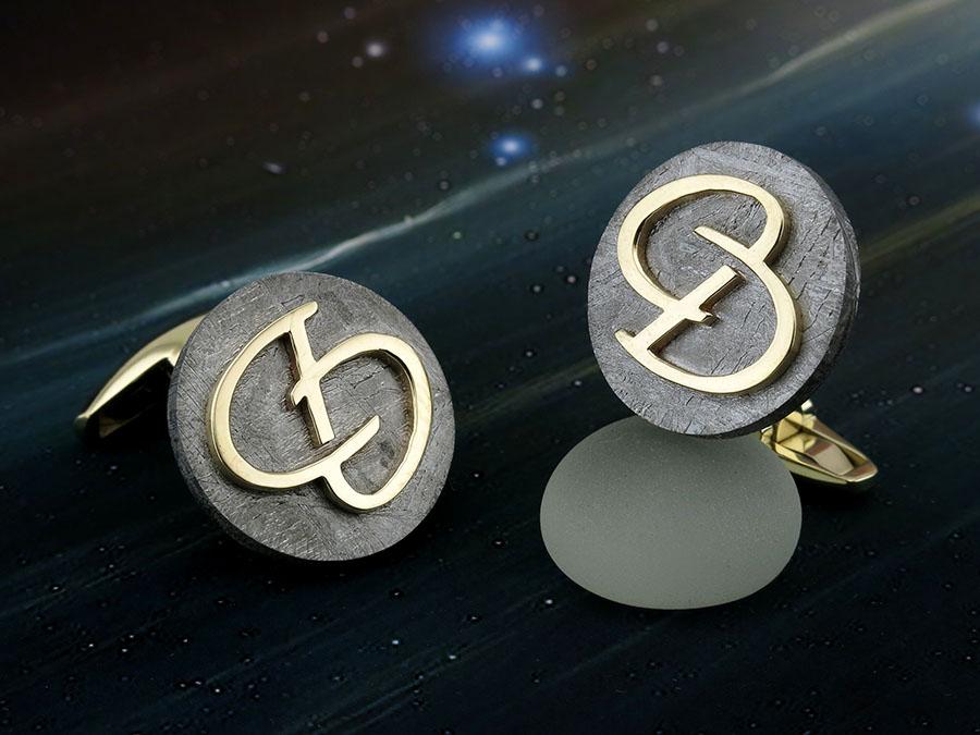 Золотые запонки с метеоритом и монограммой