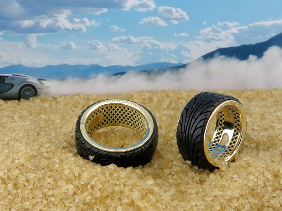 обручальные кольца с каучуком
