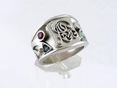 Мужские кольца на заказ — перстни, печатки из золота в Москве от ... 296b1d21887