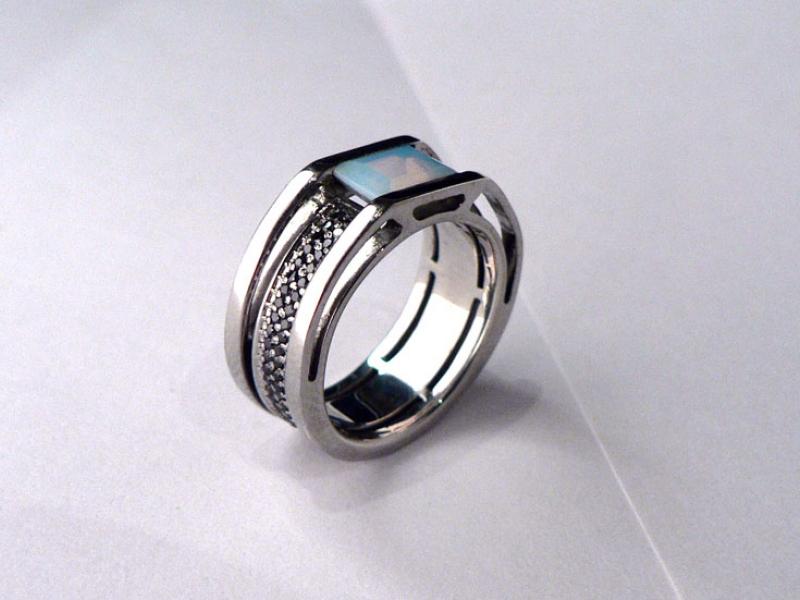 Эксклюзивные золотые кольца ручной работы от компании «Ювелирная ... 565394cc901