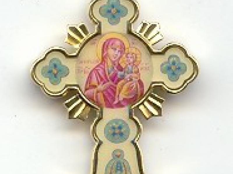золотой крест с эмалью.